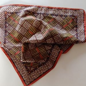 Accessories - Pretty Square Scarf